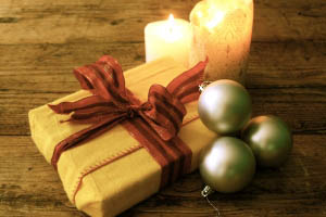 present_and_candles